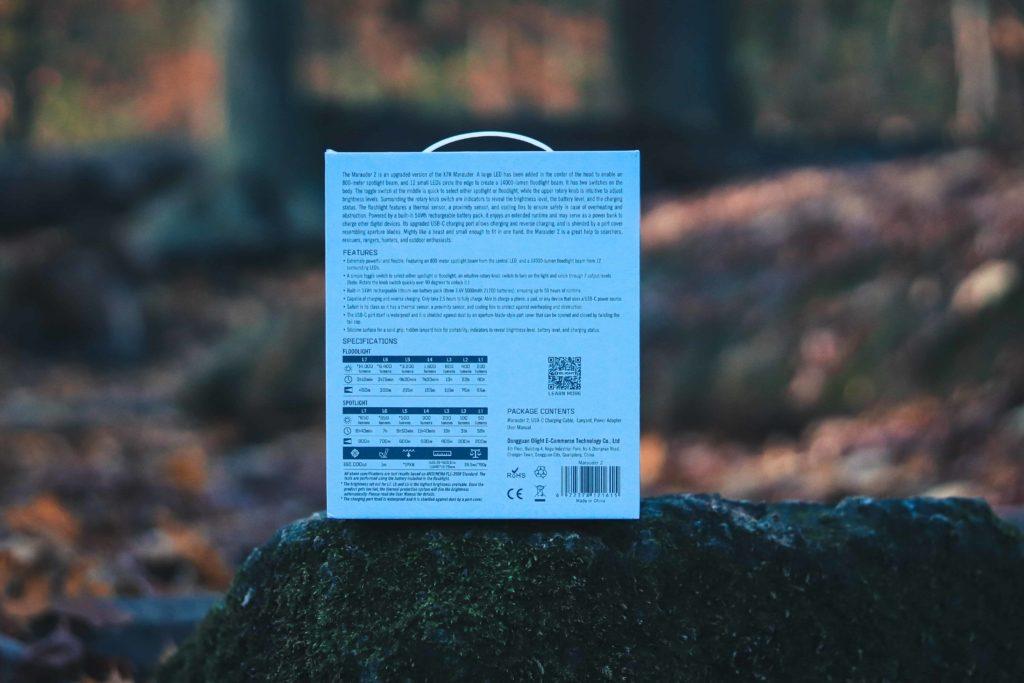 Olight Marauder 2 Verpackung Rückansicht