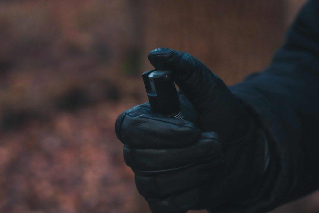 Anwendung Pfefferspray Legale Waffen zur Selbstverteidigung